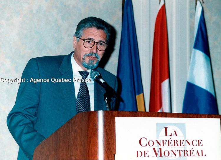 Montreal (Qc) CANADA - Mai 1998 File Photo -  Emil Constantinescu , President of Romania (between 1986-2000)<br /> <br /> PHOTO :  Agence Quebec Presse