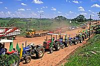 Manifestaçao de produtores rurais no interior de Sao Paulo. 1995. Foto de Daniel Augusto Jr.