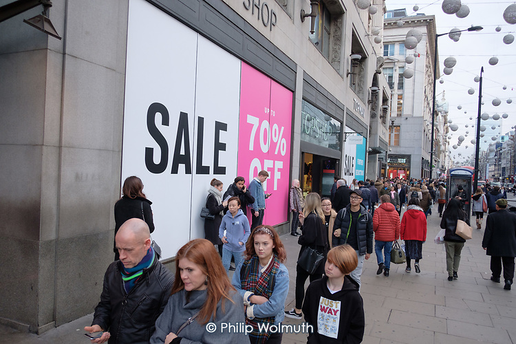 Topshop.  End of year sales, Oxford Street, London.