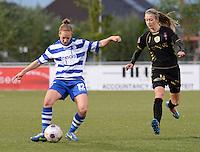 AA Gent - Telstar :<br /> <br /> Pauline Windels (L) ontzet voor de aankomende Loïs Oudemast (R)<br /> <br /> foto Dirk Vuylsteke / Nikonpro.be