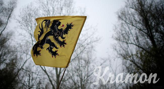 "Flemish ""Flandrien"" Flag at the finish<br /> <br /> Flandriencross Hamme 2014"