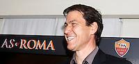 Calcio: il nuovo allenatore francese della Roma Rudi Garcia si presenta alla stampa al centro sportivo Fulvio Bernardini di Trigoria, Roma, 19 giugno 2013.<br /> Italy Football: AS Roma's new coach Rudi Garcia, of France, meets press at the club's training center on the outskirts of Rome, 19 June 2013.<br /> UPDATE IMAGES PRESS/Isabella Bonotto