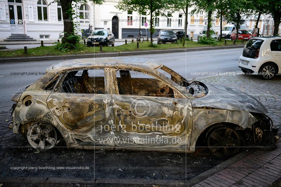 GERMANY, Hamburg, G-20 summit, riots, radicals have burned cars on the streets  / DEUTSCHLAND, Hamburg, G20 Gipfel in Hamburg, Randale, abgebrannte Autos
