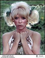 Prod DB © Capitole Films / DR<br /> FANTASIA CHEZ LES PLOUCS (FANTASIA CHEZ LES PLOUCS) de Ge?rard Pire?s 1971 FRA<br /> avec Mireille Darc<br /> portrait, couettes