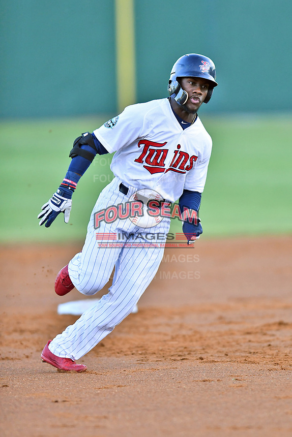 Elizabethton Twins center fielder Akil Baddoo (31) rounds second base during game one of the Appalachian League Championship Series against the Pulaski Yankees at Joe O'Brien Field on September 7, 2017 in Elizabethton, Tennessee. The Twins defeated the Yankees 12-1. (Tony Farlow/Four Seam Images)