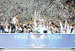 Real Madrid's  team celebrate the victory in the UEFA Champions League 2015/2016 Final match.May 28,2016. (ALTERPHOTOS/Acero)