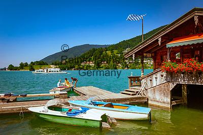Deutschland, Bayern, Oberbayern, Tegernseer Tal, Rottach-Egern am Tegernsee: Bootsvermietung   Germany, Bavaria, Upper Bavaria, Tegernseer Valley, Rottach-Egern at Lake Tegern: boat rental