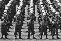 - peace mission of Italian Armed Forces in Lebanon in 1982, departure of Montelungo battalion   ....- missione di pace delle forze armate italiane in Libano nel 1982, partenza del battaglione Montelungo