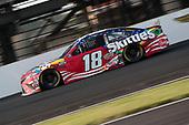 #18: Kyle Busch, Joe Gibbs Racing, Toyota Camry Skittles Red White & Blue