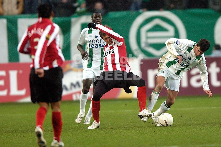 fc groningen -psv eredivisie seizoen 2007-2008 26-12- 2007 koen vd laak met lazovic.fotograaf Jan Kanning *** Local Caption ***
