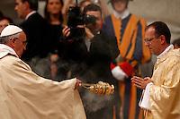 Papa Francesco asperge incenso davanti al nuovo vescovo Monsignor Giampiero Gloder durante una messa di ordinazione episcopale, nella Basilica di San Pietro, Citta' del Vaticano, 24 ottobre 2013.<br /> Pope Francis sprinkles incense in front of new bishop Monsignor Giampiero Gloder, of Italy, during an episcopal ordination mass in St. Peter's Basilica at the Vatican, 24 October 2013.<br /> UPDATE IMAGES PRESS/Riccardo De Luca<br /> <br /> STRICTLY ONLY FOR EDITORIAL USE