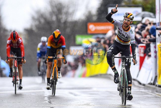 German Champion Maximilian Schachmann (GER) Bora-Hansgrohe outsprints Dylan Teuns Bahrain-McLaren and Tiesj Benoot (BEL) Team Sunweb to win Stage 1 of the 78th edition of Paris-Nice 2020, running 154km from Plaisir to Plaisir, France. 8th March 2020.<br /> Picture: Bora-Hansgrohe/Nico Vereecken/PN/BettiniPhoto | Cyclefile<br /> All photos usage must carry mandatory copyright credit (© Cyclefile | Bora-Hansgrohe/Nico Vereecken/PN/BettiniPhoto)