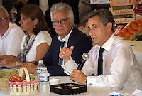 NICOLAS SARKOZY VISITE UNE EXPLOITATION AGRICOLE A EYRAGUES, FRANCE, LE 25/08/2016. # NICOLAS SARKOZY VISITE UNE EXPLOITATION AGRICOLE A EYRAGUES
