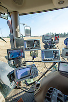 Direct drilling OSR, drill control systems- Lincolnshre, August
