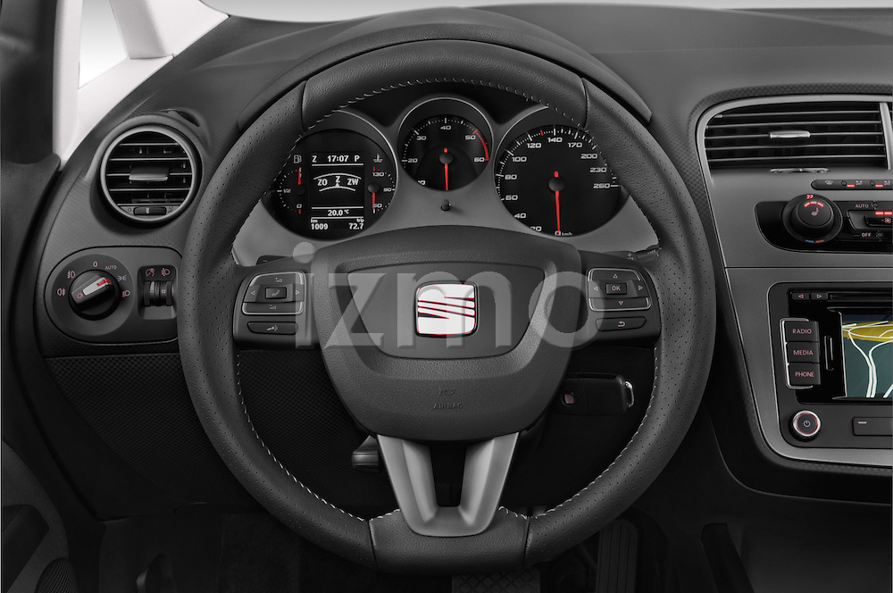 Car pictures of steering wheel view of a 2014 Seat ALTEA XL I-TECH Special 5 Door Mini MPV 2WD Steering Wheel