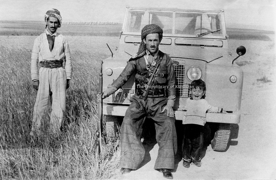 Iraq 1967 .Akram Agha with his son Framez in Kafar .Irak 1967 .Akram Agha avec son fils Framez a Kafar