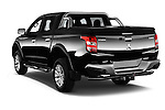 Car pictures of rear three quarter view of 2016 Mitsubishi L 200 Intense 4 Door Pickup Angular Rear