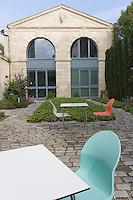 """Europe/France/Aquitaine/Gironde/Bordeaux: maison d'hote de Brigitte Lurton installée dans un hôtel particulier XVIIIe autour de son jardin """"La maison Bord'eaux"""" 113, rue du Dr Albert Barraud."""