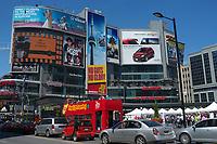 Toronto,  CANADA - File Photo - Downtown Toronto - Yonge-Dundas Square,<br /> <br /> Photo :  Agence Quebec Presse - Pierre Roussel