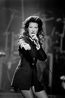 1993 FILE PHOTO - ARCHIVES -<br /> <br /> Celine Dion performed to a packed house at Massey hall last night where she was lavished with three standing ovations.<br /> <br /> PHOTO :  Mike Slaughter  - Toronto Star Archives - AQP