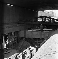 travaux-de-soutenement-du-tunnel-de-la-rue-sherbrooke-sur-berri-23-octobre-1963