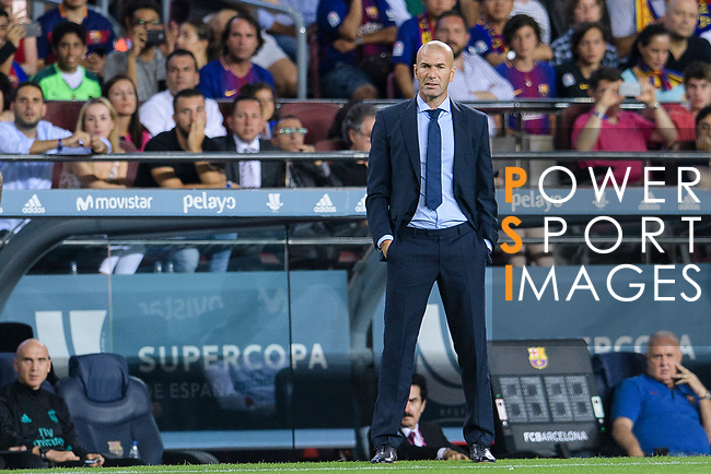 Zinedine Zidane Head Coach of Real Madrid during the Supercopa de Espana Final 1st Leg match between FC Barcelona and Real Madrid at Camp Nou on August 13, 2017 in Barcelona, Spain. Photo by Marcio Rodrigo Machado / Power Sport Images