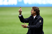 Footbal Soccer: FIFA World Cup Qatar 2022 Qualification, Italy - Northern Ireland, Ennio Tardini stadium, Parma, March 26, 2021.<br /> Italy's coach Roberto Mancini speaks to his players during the FIFA World Cup Qatar 2022 qualification, football match between Italy and Northern Ireland, at Ennio Tardini stadium in Parma on March 26, 2021.<br /> UPDATE IMAGES PRESS/Isabella Bonotto