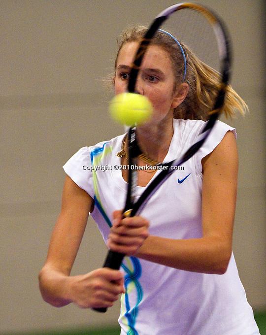 22-11-10, Tennis, Boxtel, Indy de Vroome