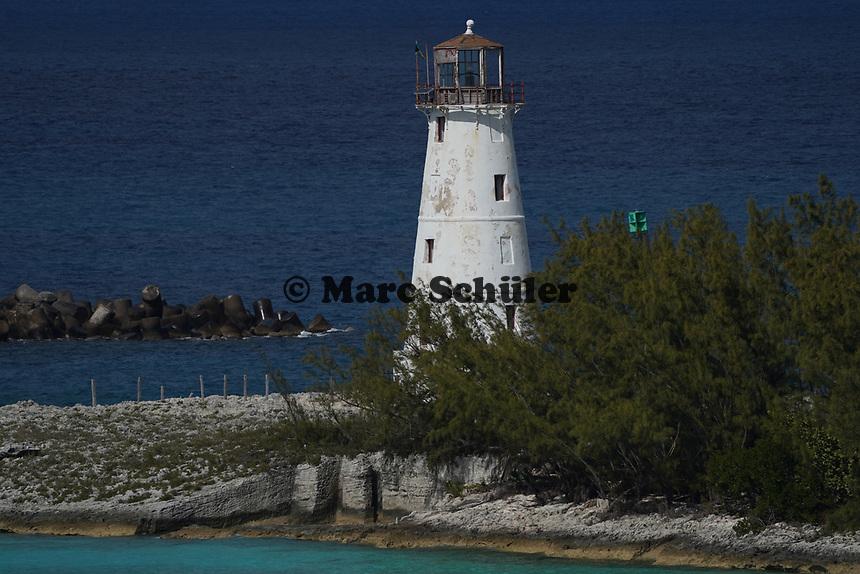 Leuchtturm an der Hafeneinfahrt von Nassau, Bahamas - 26.01.2020: Nassau