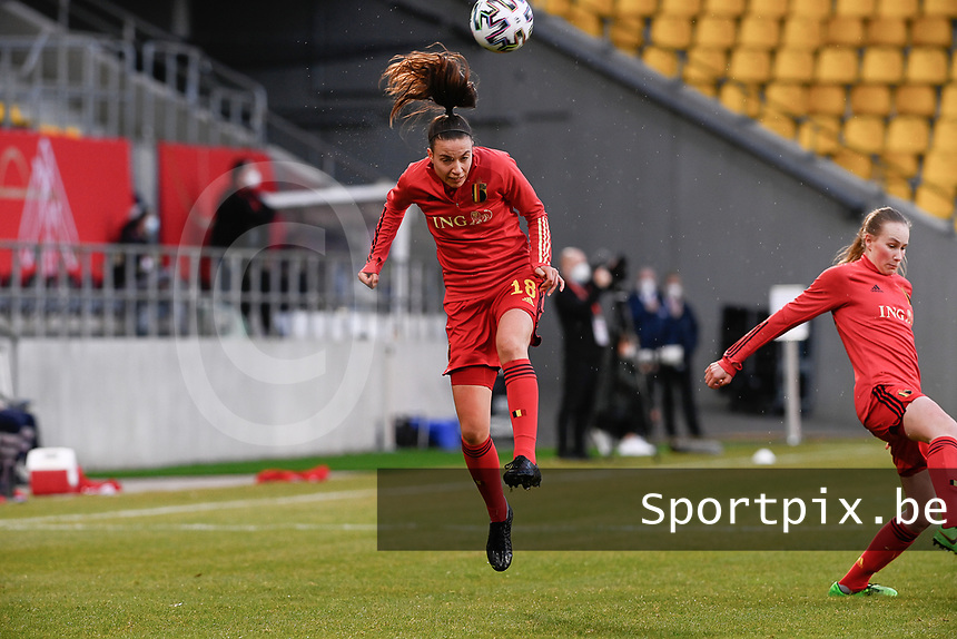 Silke Vanwynsberghe (18) of Belgium  pictured during the warming up of  a friendly female soccer game between the national teams of Germany and  Belgium , called the Red Flames  in a pre - bid tournament called Three Nations One Goal with the national teams from Belgium , The Netherlands and Germany towards a bid for the hosting of the 2027 FIFA Women's World Cup , on Sunday 21 st of February 2021  in Aachen , Germany . PHOTO SPORTPIX.BE | SPP | STIJN AUDOOREN