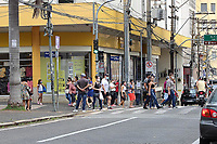 Campinas (SP), 06/02/2021 - Comércio-SP - Movimentação no centro de Campinas, interior de São Paulo, neste sábado (06), onde a cidade volta a fase amarela do Plano São Paulo.