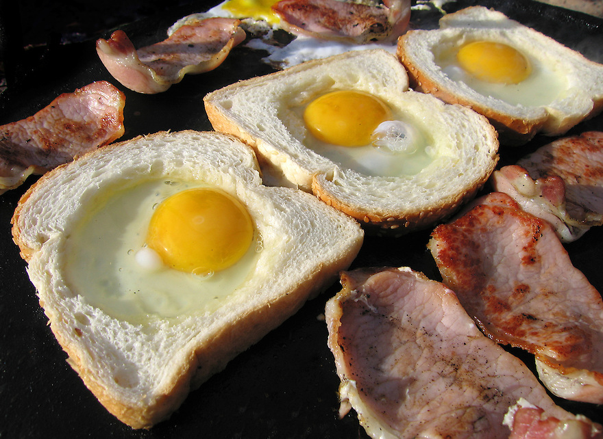 Bacon and eggs on a bush BBQ