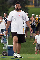 Chris Kemoeatu, Pittsburgh Steelers offensive guard. Training camp, August 11, 2011 at Latrobe, Pennsylvania.
