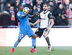 Amath Ndiaye Diedhiou of Getafe CFin action against Martin Montoya Torralbo of Valencia CF during the La Liga 2017-18 match between Getafe CF and Valencia CF at Coliseum Alfonso Perez on December 3 2017 in Getafe, Spain. Photo by Diego Gonzalez / Power Sport Images
