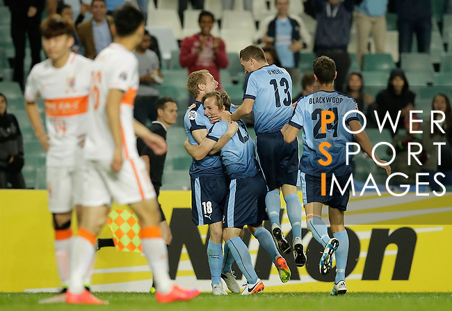 Rhyan Grant of Sydney FC celebrates scoring a goal with team mates during the AFC Champions League Round of 16 betweenSYDNEY FC (AUS) and SHANDONG LUNENG FC (CHN) on 25 May 2016 held at Sydney Football Stadium in Sydney, Australia. Photo by Mark Metcalfe / Power Sport Images<br />  *** Local Caption *** Rhyan Grant
