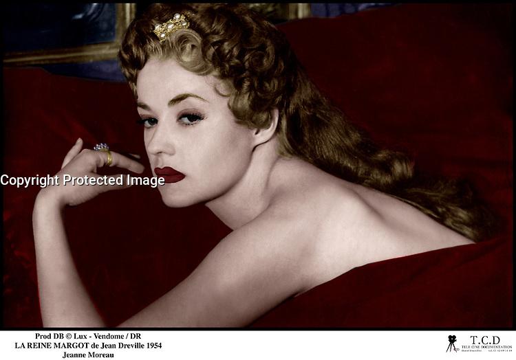 Prod DB © Lux - Vendome / DR<br /> LA REINE MARGOT (LA REINE MARGOT) de Jean Dreville 1954 FRA / ITA<br /> avec Jeanne Moreau<br /> sensualite<br /> scenario de Abel Gance, d'apres le roman de Alexandre Dumas