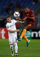 Calcio, Europa League, Gguppo E: Roma vs Austria Vienna. Roma, stadio Olimpico, 20 ottobre 2016.<br /> Austria Wien's Lucas Venuto, left, and Roma's Juan Jesus fight for the ball during the Europa League Group E soccer match between Roma and Austria Wien, at Rome's Olympic stadium, 20 October 2016. The game ended 3-3.<br /> UPDATE IMAGES PRESS/Isabella Bonotto