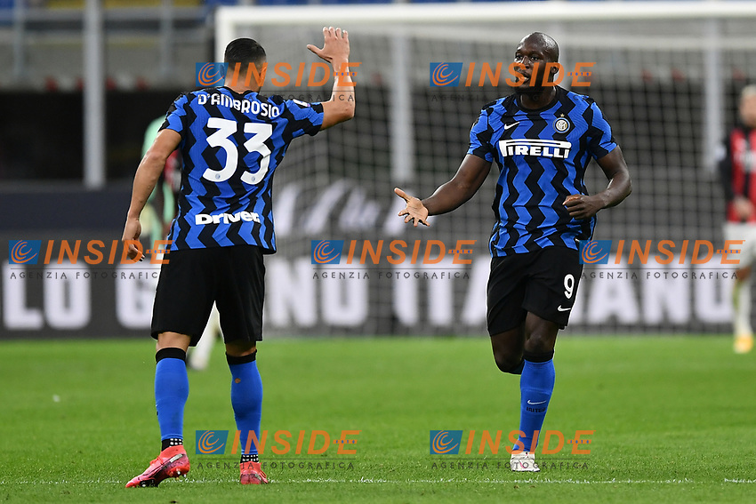 Romelu Lukaku of FC Internazionale celebrates after scoring the goal of 1-2 for his side during the Serie A football match between FC Internazionale and AC Milan at stadio San Siro in Milano (Italy), October 17th, 2020. Photo Image Sport / Insidefoto