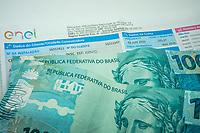 SÃO PAULO, SP, 01.07.2020: Reajuste Enel SP -  A Aneel ( Agência Nacional de Energia Elétrica ) aprovou reajuste médio de 4,23% nas tarifas da ENEL São Paulo. A distribuidora vai reajustar os valores em 6% para industrias e 3,58% para consumidores e pequenos estabelecimentos comerciais.