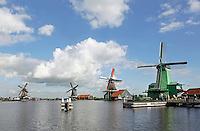 Nederland Zaanse Schans. Molens aan de Zaan. Foto Berlinda van Dam / Hollandse Hoogte