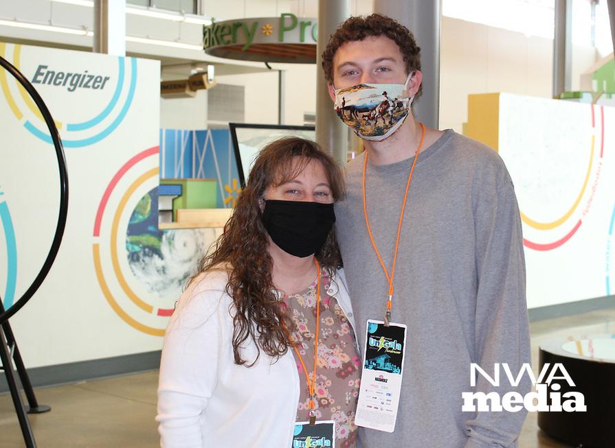 Amy and Zack Warren<br /> Amazeum UnGala<br /> (NWA Democrat-Gazette/Carin Schoppmeyer)