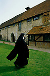 Nuns at Burnham Abbey, an Anglican Contemplative  Augustinian Community of Sister of the Precious Blood. Maidenhead Berkshire UK. 1989, 1980s UK.