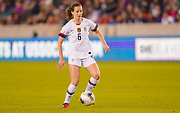 HOUSTON, TX - JANUARY 31: Andi Sullivan #6 of the Unites States moves with the ball during a game between Panama and USWNT at BBVA Stadium on January 31, 2020 in Houston, Texas.