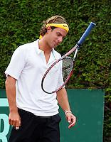 17-08-11, Tennis, Amstelveen, Nationale Tennis Kampioenschappen, NTK, Peter Lucassen smijt zijn racket uit frustratie weg