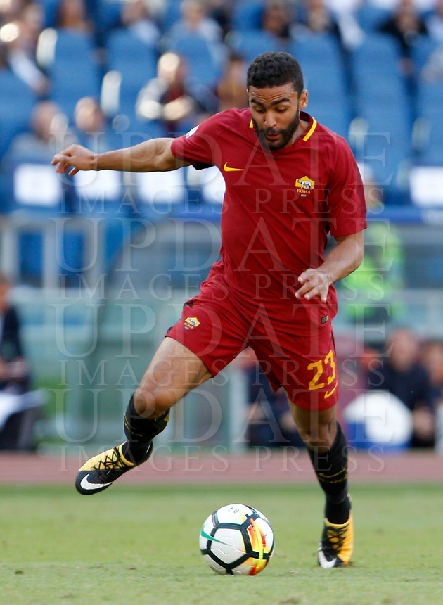 Calcio, Serie A: Roma vs Udinese. Roma, stadio Olimpico, 23 settembre 2017.<br /> Roma's Gregoire Defrel in action during the Italian Serie A football match between Roma and Udinese at Rome's Olympic stadium, 23 September 2017. Roma won 3-1.<br /> UPDATE IMAGES PRESS/Riccardo De Luca