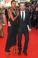 Mathieu Kassovitz et girlfriend Aude sur le tapis rouge pour la soirée dans le cadre de la journée anniversaire de la 70e édition du Festival du Film à Cannes, Palais des Festivals et des Congres, Cannes, Sud de la France, mardi 23 mai 2017.