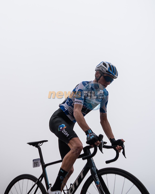 Polka Dot Jersey Romain Bardet (FRA) Team DSM during Stage 18 of La Vuelta d'Espana 2021, running 162.6km from Salas to Alto del Gamoniteiru, Spain. 2nd September 2021.    <br /> Picture: Cxcling | Cyclefile<br /> <br /> All photos usage must carry mandatory copyright credit (© Cyclefile | Cxcling)