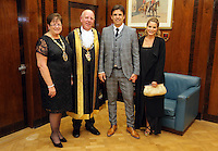 Pictured: Chris Coleman (3rd L) with wife Charlotte Jackson (R) Lord Mayor for Swansea Councillor David Hopkins (2nd L) and Councillor Beverley Hopkins (L) Thursday 20 October 2016<br />