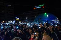 Pescara, 7 dicembre 2019: Le sardine di tutto l'Abruzzo si sono riunite in un incontro pubblico nella piazza centrale della Città di Pescara. Foto Adamo Di Loreto/BUenaVista*photo