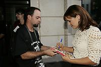 PHOTO D'ARCHIVE - <br /> Le chasseur d'autographes  Stephane Venne, qui a tue son pere a L'Assomption en juillet 2014,